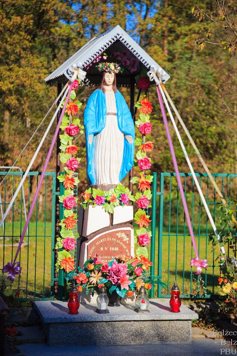 figurka Matki Bożej w Brzezinach